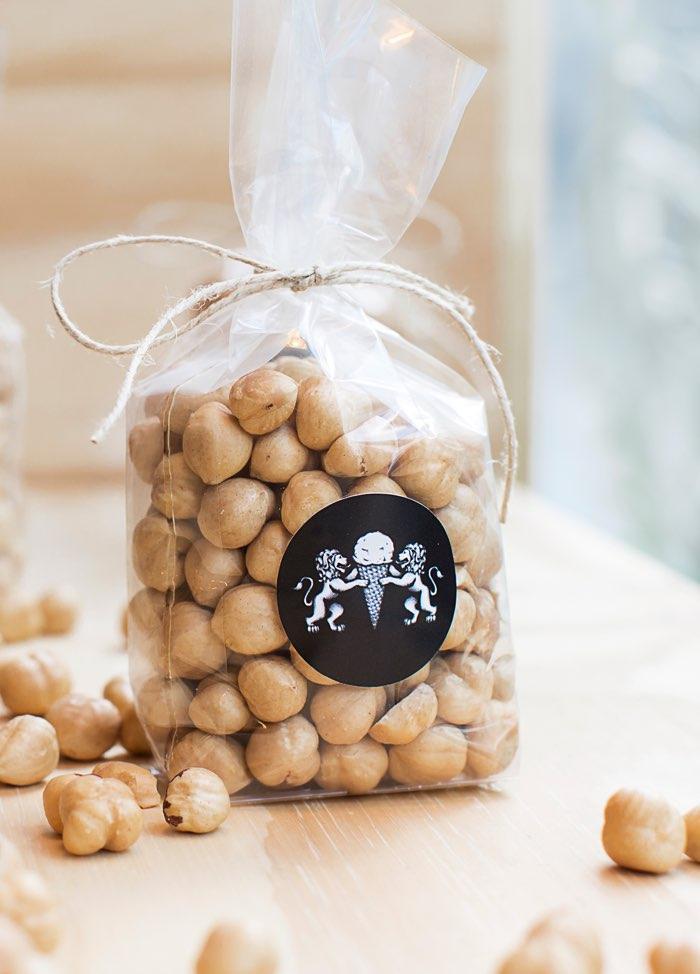 Leones Packaging für Nüsse